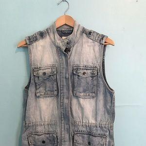 Lucky Brand denim chambray utility vest w pockets